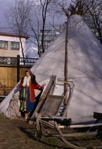 Чум - жилище народов севера.